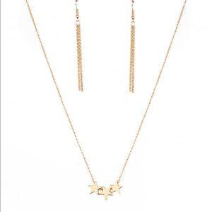 BNWT- 2 pc - 3 stars ⭐️ gold necklace w/ earrings